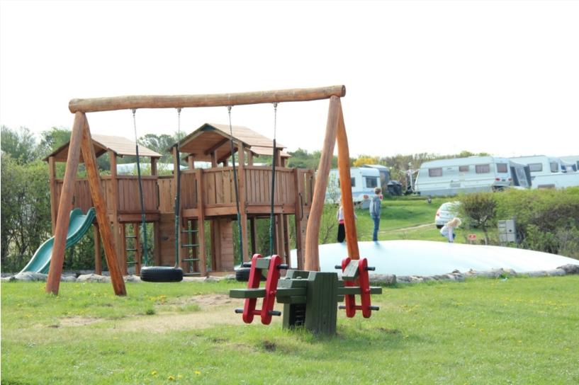 Legeplads Urhøj Camping