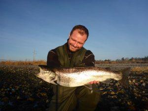 Lystfiskeri efter havørred i Limfjorden.